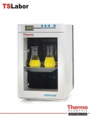 Heratherm Compact Microbiologiai Incubator